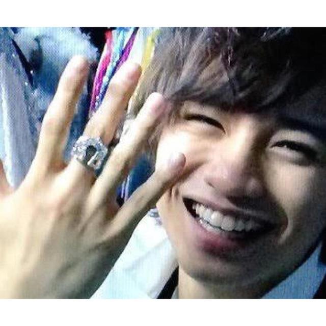 中島健人の指輪